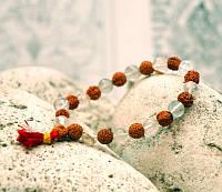 Браслет из плодов Рудракши и Горного Хрусталя 25 бусин