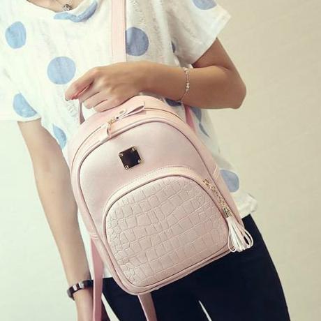 Модний жіночий рюкзак