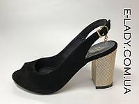 Босоножки классические женские  черные из натуральной замши на устойчивом каблуке