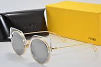 Солнцезащитные очки круглые Fendi зеркальные