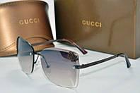Солнцезащитные очки квадратные Gucci серые с бабочкой