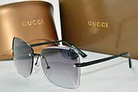 Солнцезащитные очки квадратные Gucci черные с бабочкой