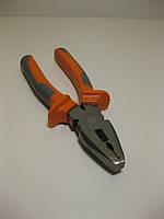 Плоскогубцы универсальные комбинированные серо-оранжевые 160 мм