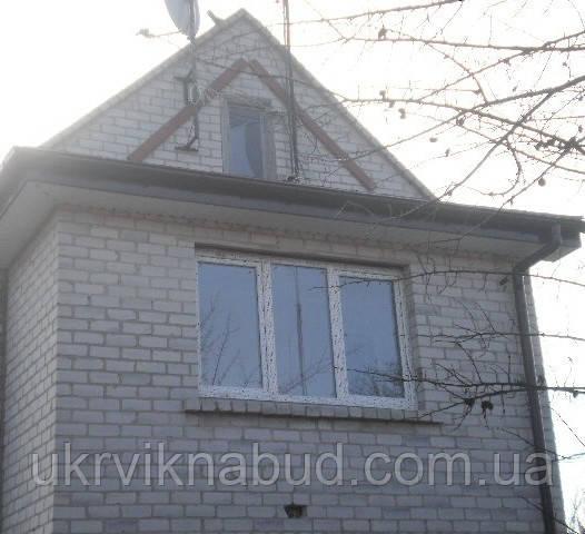 Трехстворчатые окна в кредит