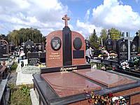 Двойной памятник из гранита Лезники Габбро