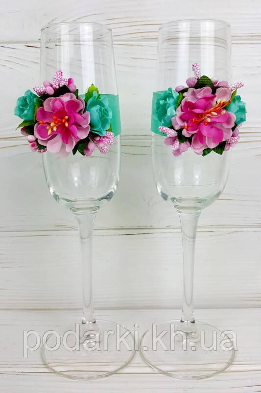 Украшение на свадебные бокалы