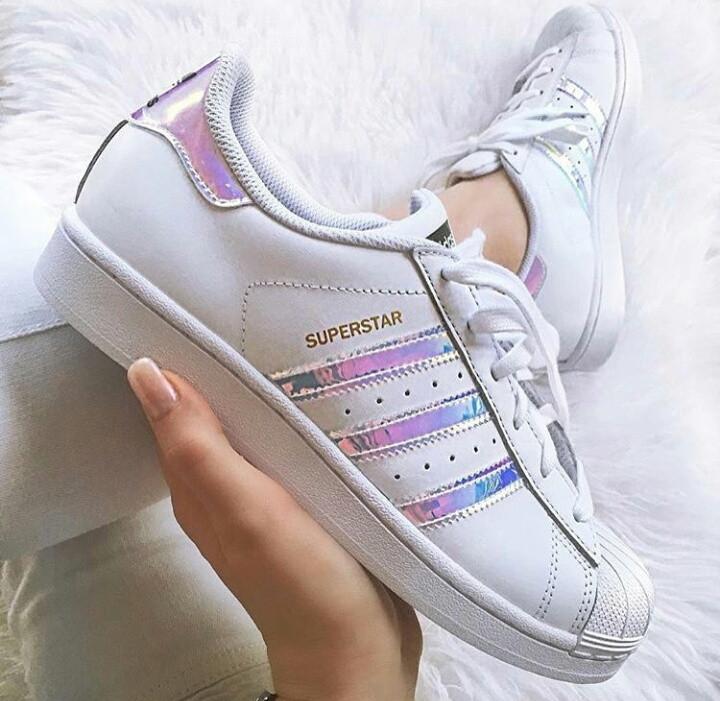 Женские кроссовки Adidas Superstar Iridescent GS White