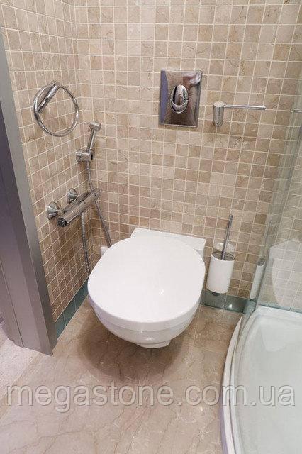 Отделка туалета натуральным камнем