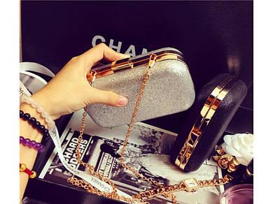 Вечерняя сумка-клатч Chanel Silver