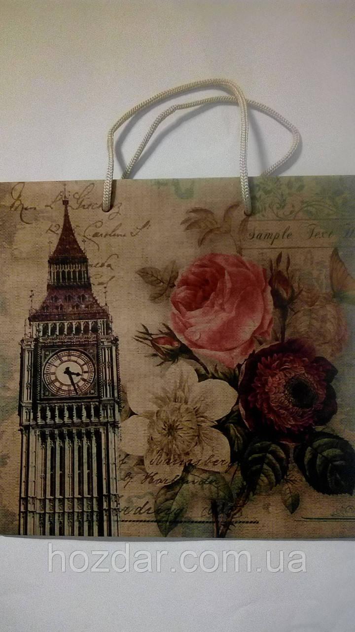 Пакет подарочный бумажный крафт квадрат 23х24х10 (24-015)