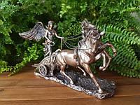 """Подарочная статуэтка Veronese """"Ника в колеснице"""" (38 см) 72736 A4"""