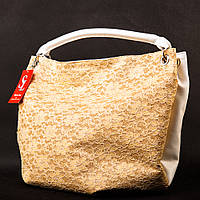 Женская мягкая сумка-мешок ажурная золотистая