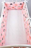 "Бортик-защита в кроватку ""Улитка"", Облачка на розовом, на всю кроватку, фото 1"