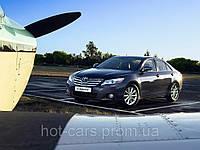 Аренда автомобиля с водителем Toyota Camry
