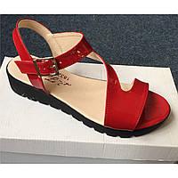 Женские красные лаковые босоножки от украинского бренда. Опт и розница. Размер 36-40