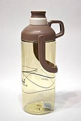 Бутылочка для различных напитков с ручкой
