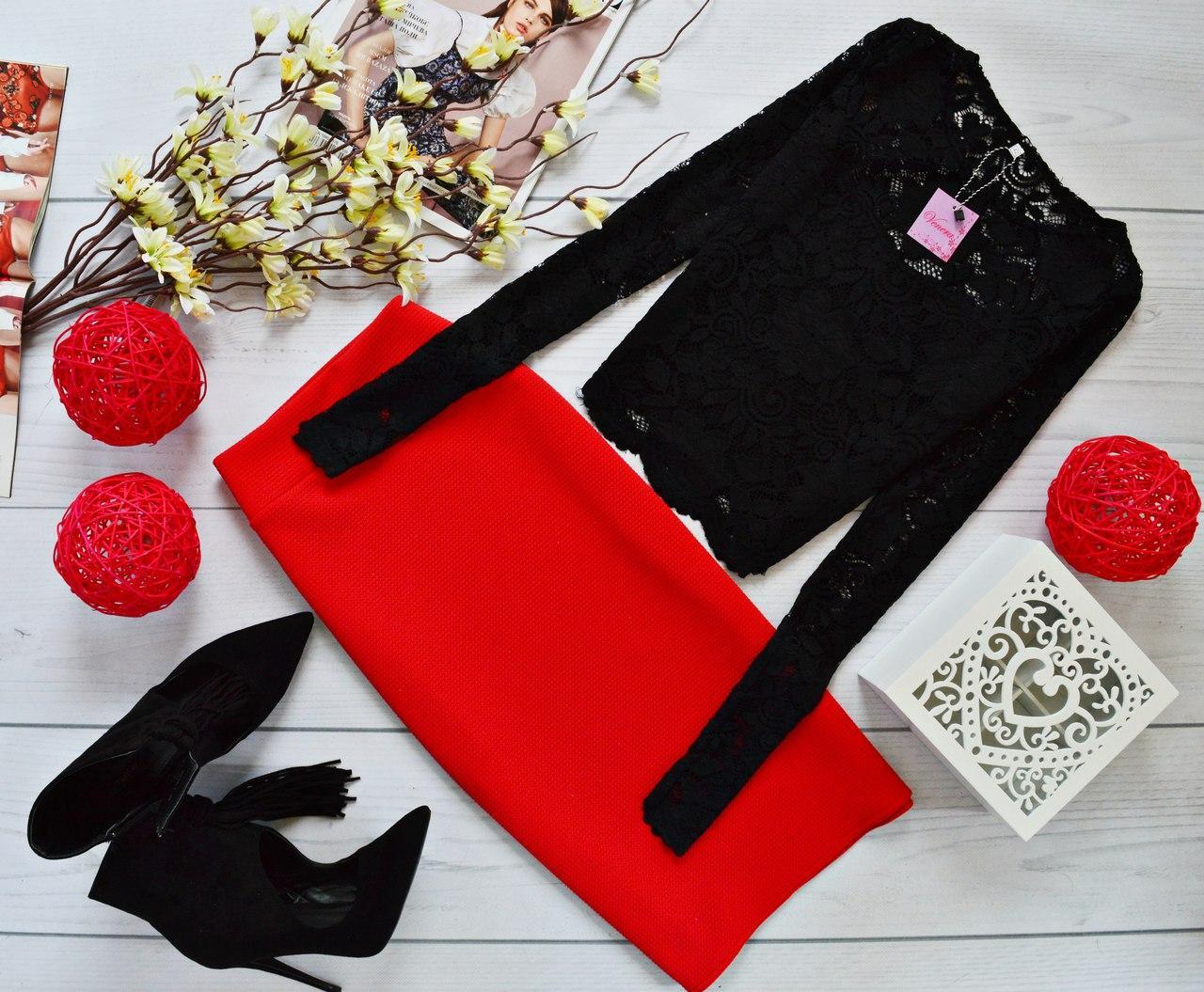 Женский костюм: кофта с длинными рукавами с набивного гипюра черный + юбка миди кукуруза красный