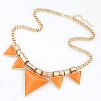 Летнее колье оранжевые треугольники