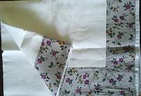 Льняная скатерть 100х150 белая с розовыми цветами на сером фоне, фото 1