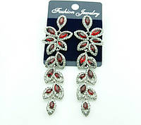 637 Шикарные и массивные серьги из красных кристаллов на выпускной вечер или свадьбу.
