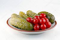 Маринованные огурцы + помидоры черри (720 г)