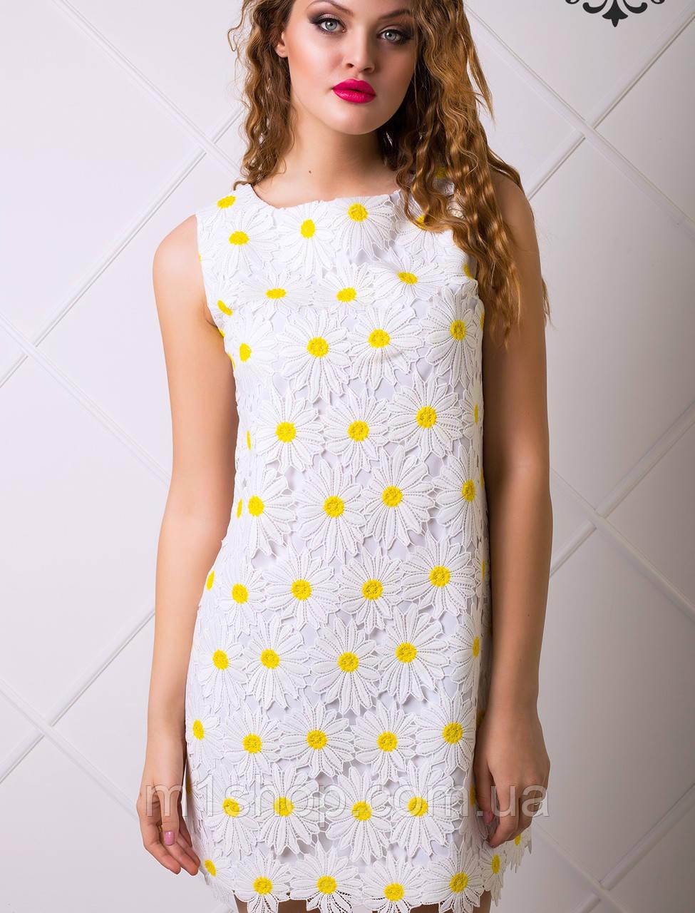 Платье с большими ромашками