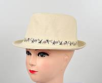 Светлая формованная шляпа