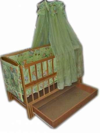 Акция!!! Детская кроватка маятник Малыш с ящиком на подшипниках  светлая. Отличное качество.