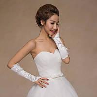 Свадебные длинные перчатки без пальцев (митенки) с цветами белого цвета