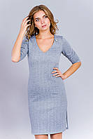 Модное женское трикотажное платье с разрезами