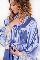 Короткий атласный халат нежно голубой с белым кружевом