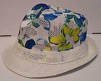 Женская шляпа в сетку с принтом цветов