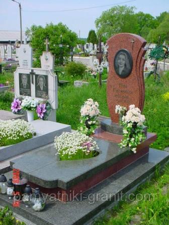Пам'ятники з граніту(Зразки №315)