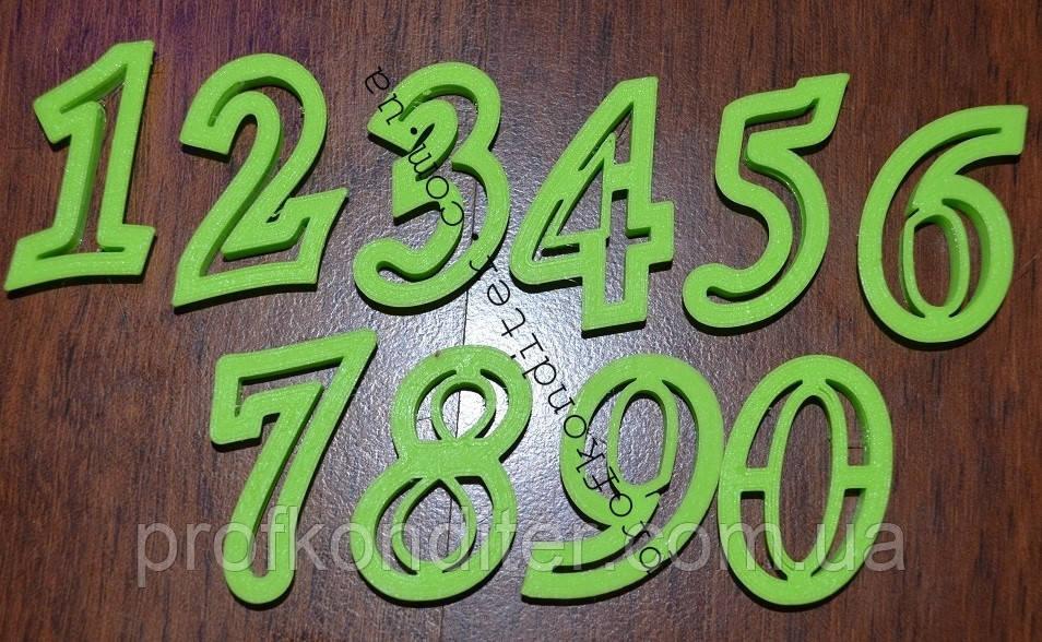 Набор вырубок цифры 0-9   КУРСИВ, высота 2см