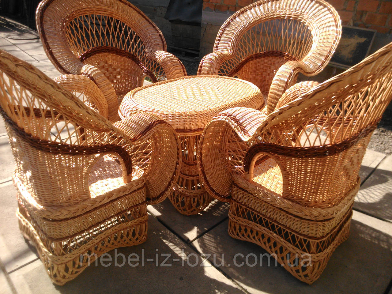 """Набор """"Королевский"""" 4 кресла + стол №2 - Мебель из лозы --- Интернет-магазин изделий из лозы в Закарпатской области"""