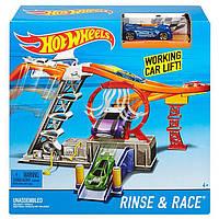 Трек Хот Вилc Hot Wheels Rinse and Race Car Wash Playset