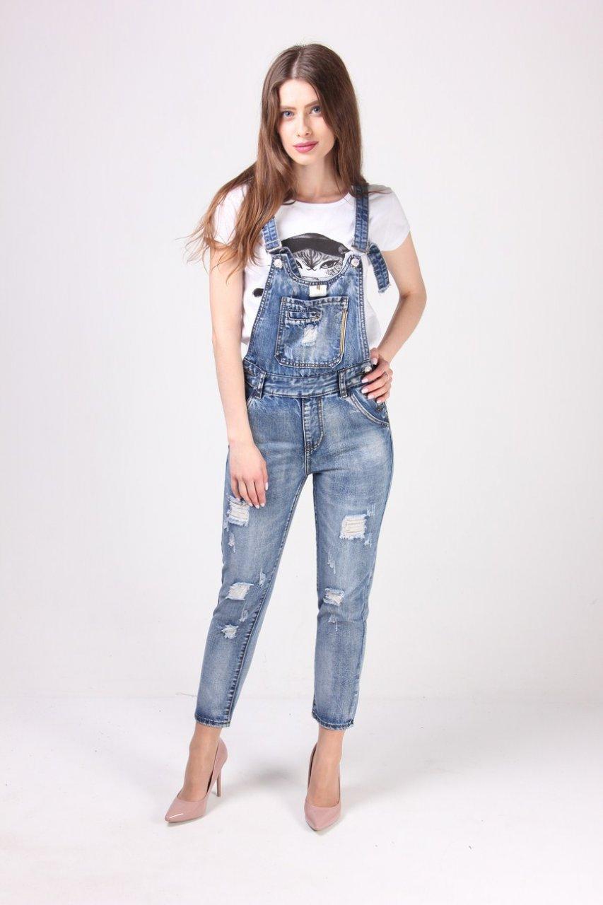b3f0eebda6c7 Стильный джинсовый комбинезон с потертостями - купить по лучшей цене ...