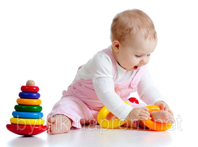 Пирамидка – отличная игрушка для годовалого малыша!