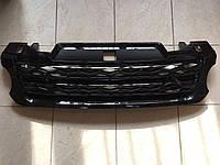 Решетка радиатора Range Rover Sport 2013-... (черная с черной сеткой)