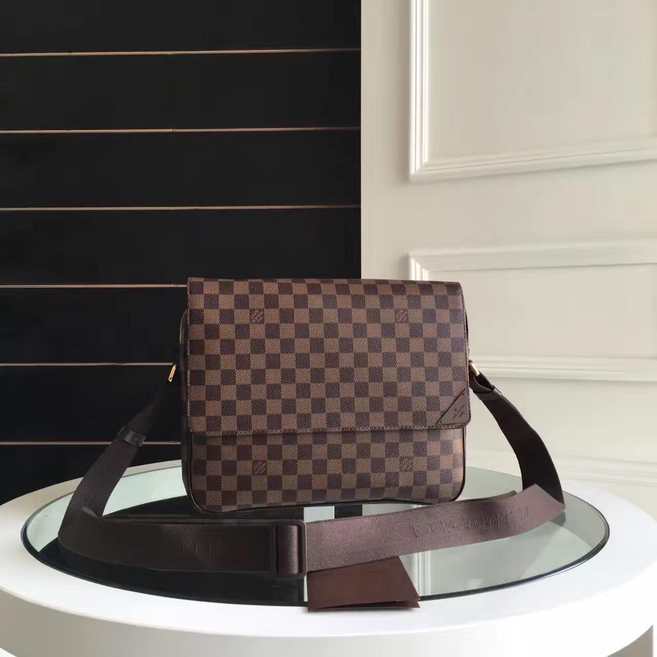 c706ec1b8f65 Мужская сумка мессенджер Louis Vuitton, Damier Ebene Canvas, цена 7 300  грн., купить в Киеве — Prom.ua (ID#535078237)