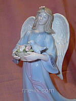 """CMS - 24/ 4 фарфоровая музыкальная статуэтка """"Светлый Ангел"""" итальянской компании Pavone 21 сантиметр высота"""