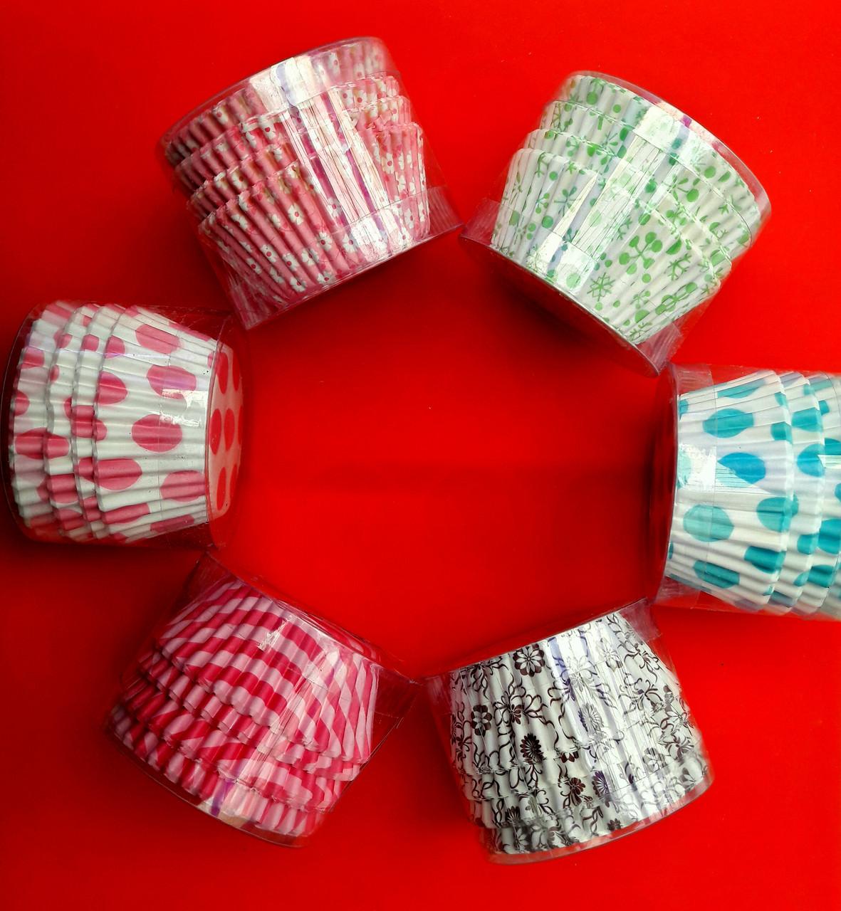Бумажные формочки для кексов 100 шт в футляре