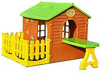 Детский игровой домик со столом и парканчиком