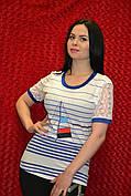 Белая женская футболка с ресунком