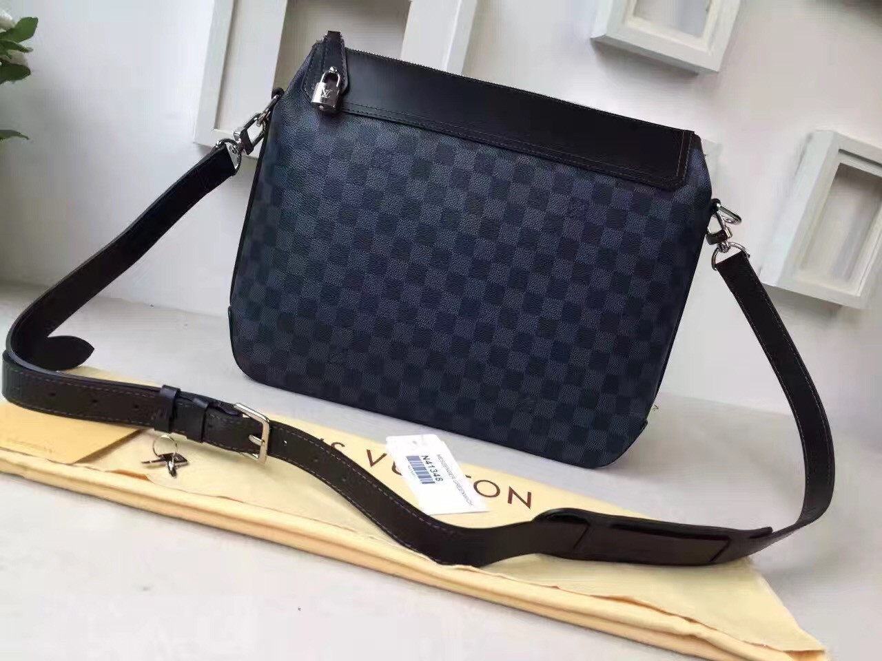 Мужская сумка Louis Vuitton Jake Messenger MM
