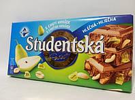 Шоколад молочний Studentska з арахісом і грушею