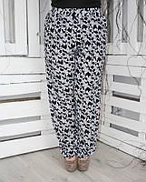 Брюки женские большого размера штапель Цветы (2 цвета), легкие женские брюки большого размера