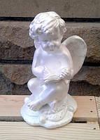 Ангелочек  с книгой  белый