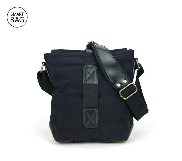 Небольшая черная мужская сумка на плечо Akarmy