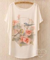 Свободная летняя белая футболка с рисунком